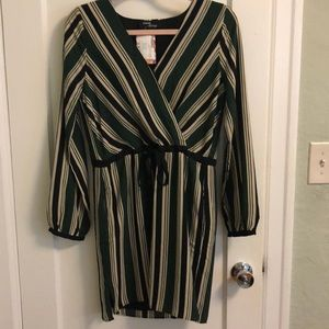 Dresses & Skirts - NWT boutique dress
